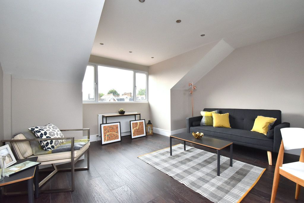 2 bed flat for sale in Hammelton Road, Bromley 5
