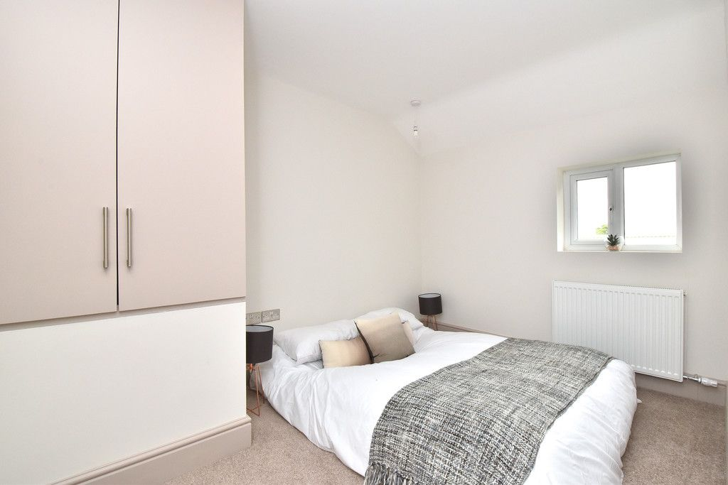 2 bed flat for sale in Hammelton Road, Bromley 7
