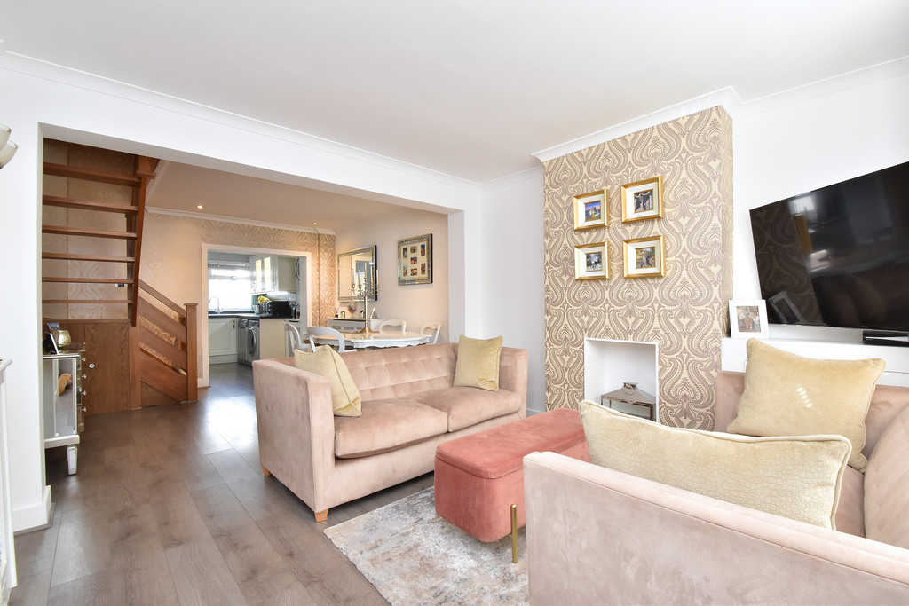 2 bed house for sale in Haxted Road, Bromley 2
