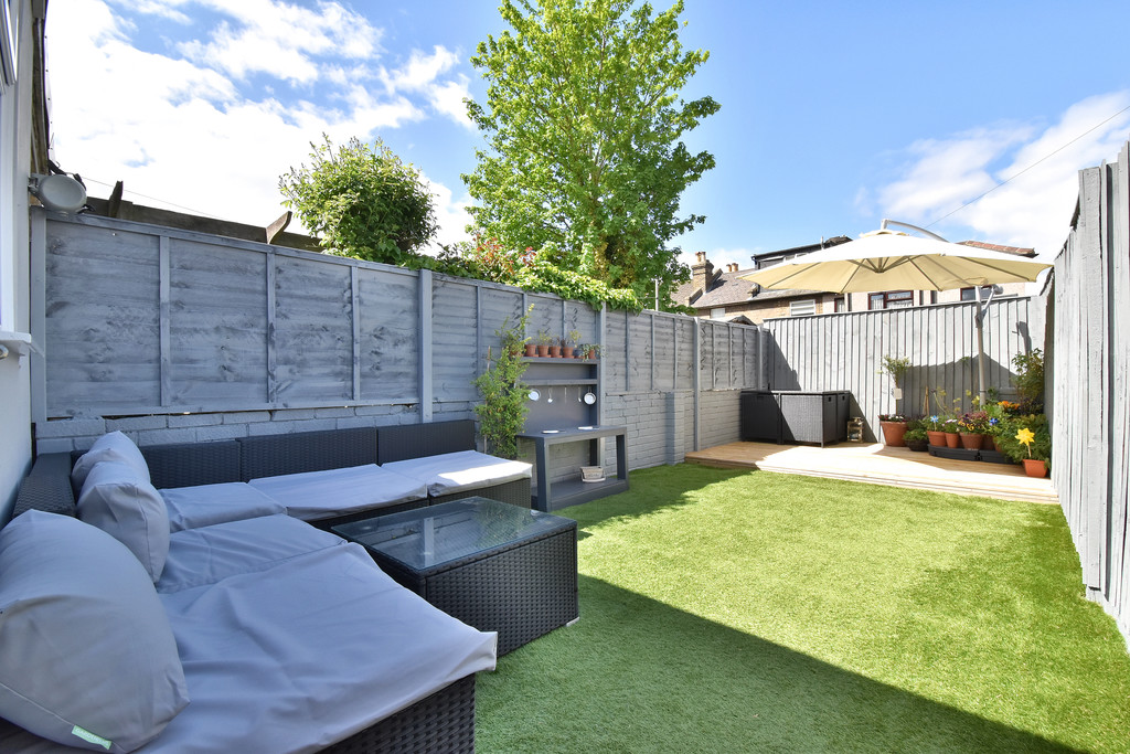 2 bed house for sale in Haxted Road, Bromley 13