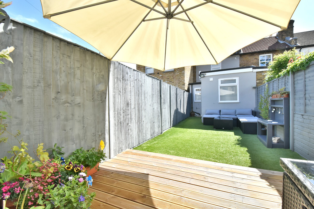 2 bed house for sale in Haxted Road, Bromley  - Property Image 14
