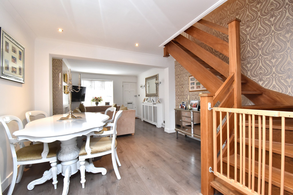 2 bed house for sale in Haxted Road, Bromley 4