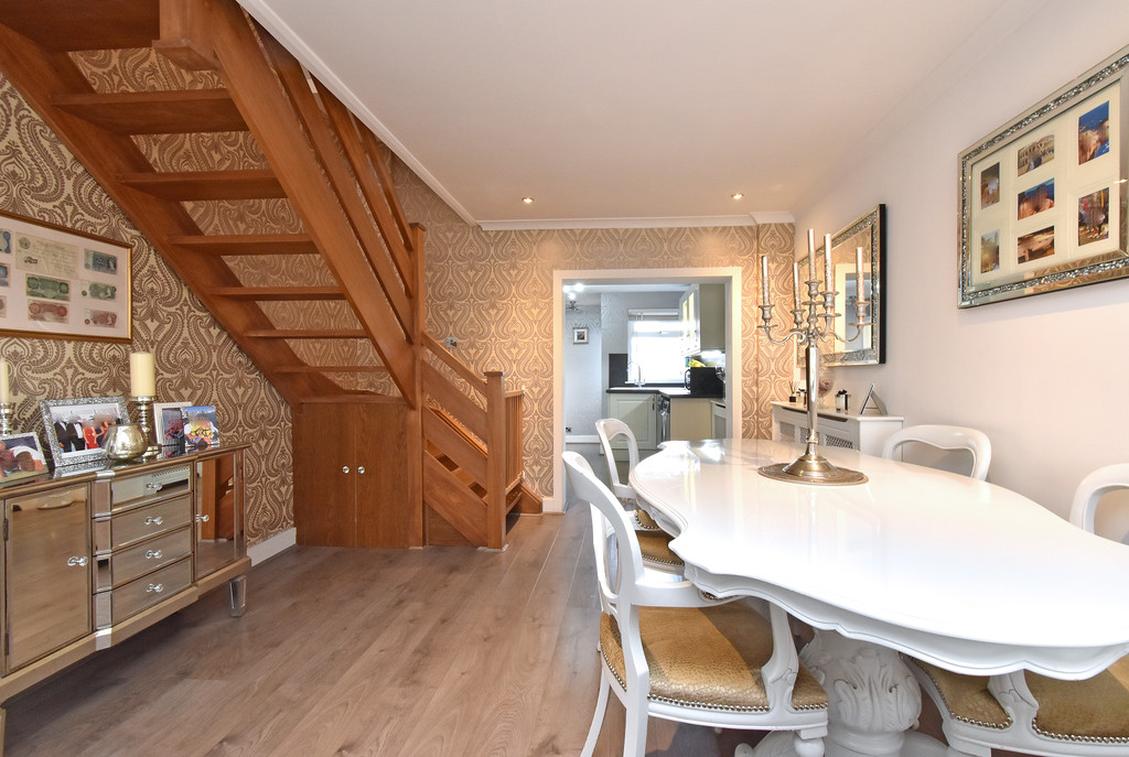 2 bed house for sale in Haxted Road, Bromley 5