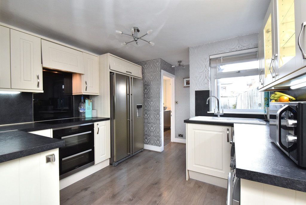 2 bed house for sale in Haxted Road, Bromley 6
