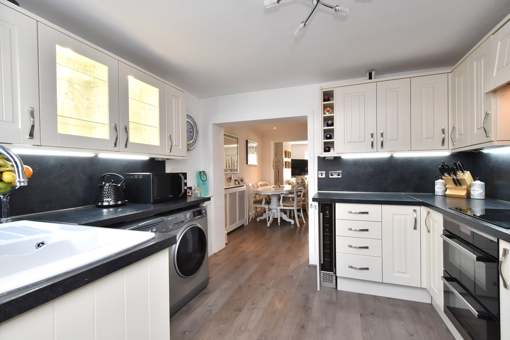 2 bed house for sale in Haxted Road, Bromley 7