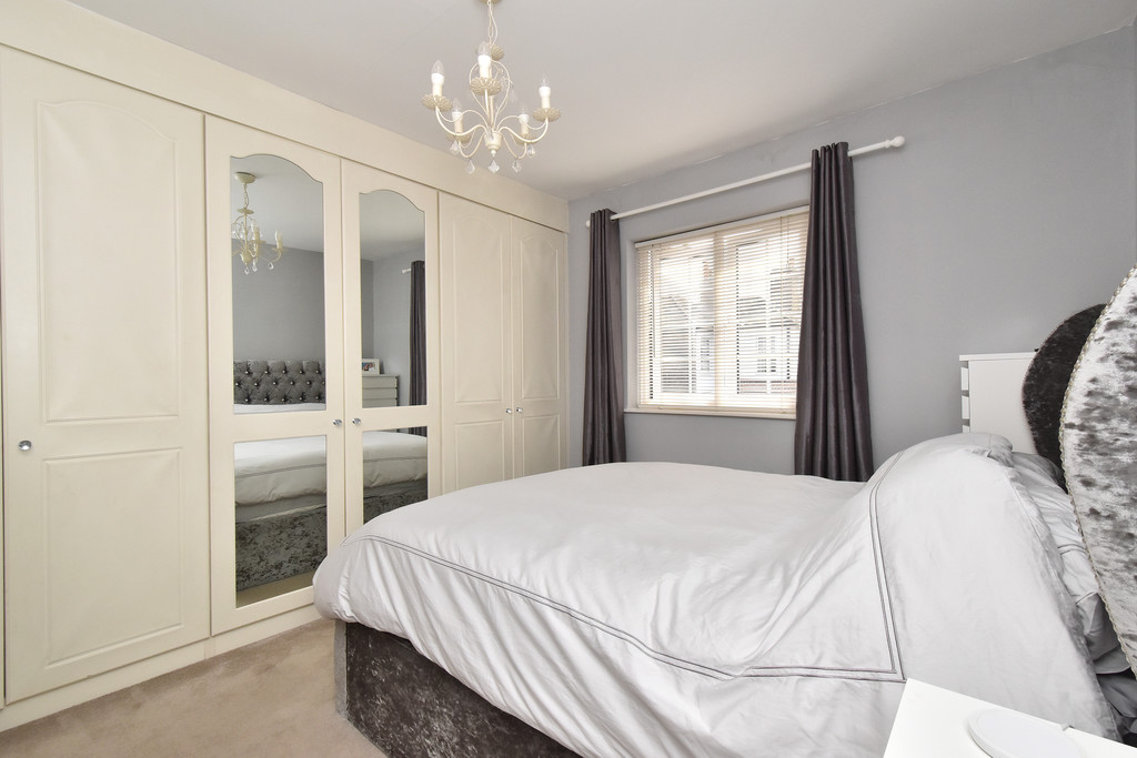 2 bed house for sale in Haxted Road, Bromley 9