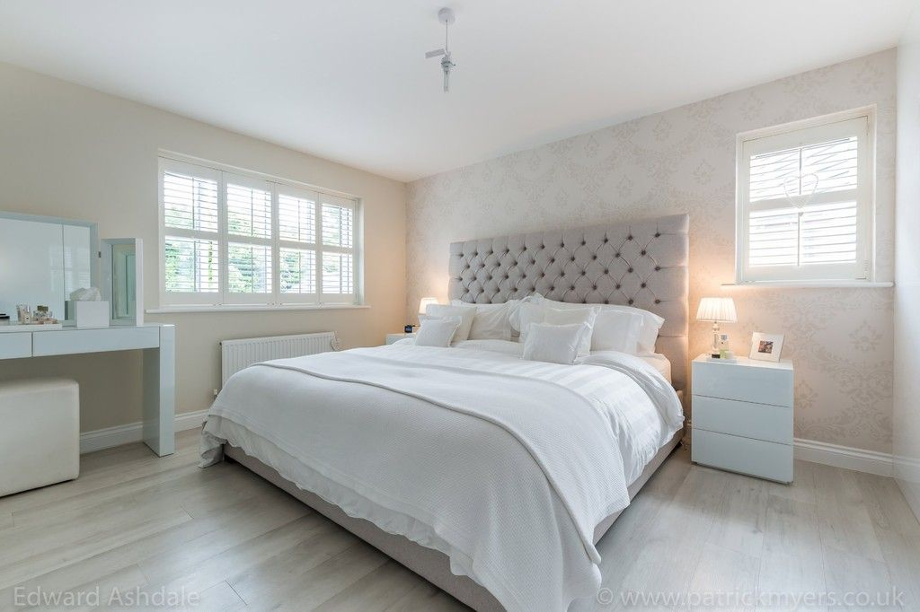 5 bed house for sale in Manor Gate Lane, Wilmington  - Property Image 14
