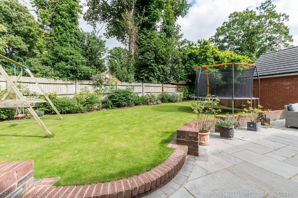 5 bed house for sale in Manor Gate Lane, Wilmington 20
