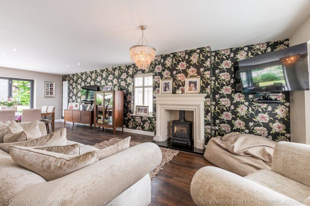 5 bed house for sale in Manor Gate Lane, Wilmington  - Property Image 4
