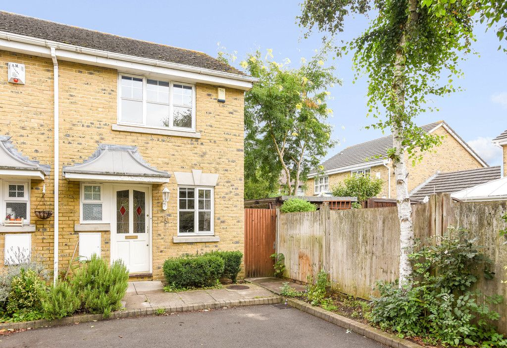 2 bed house to rent in Woldham Place, Bromley 1
