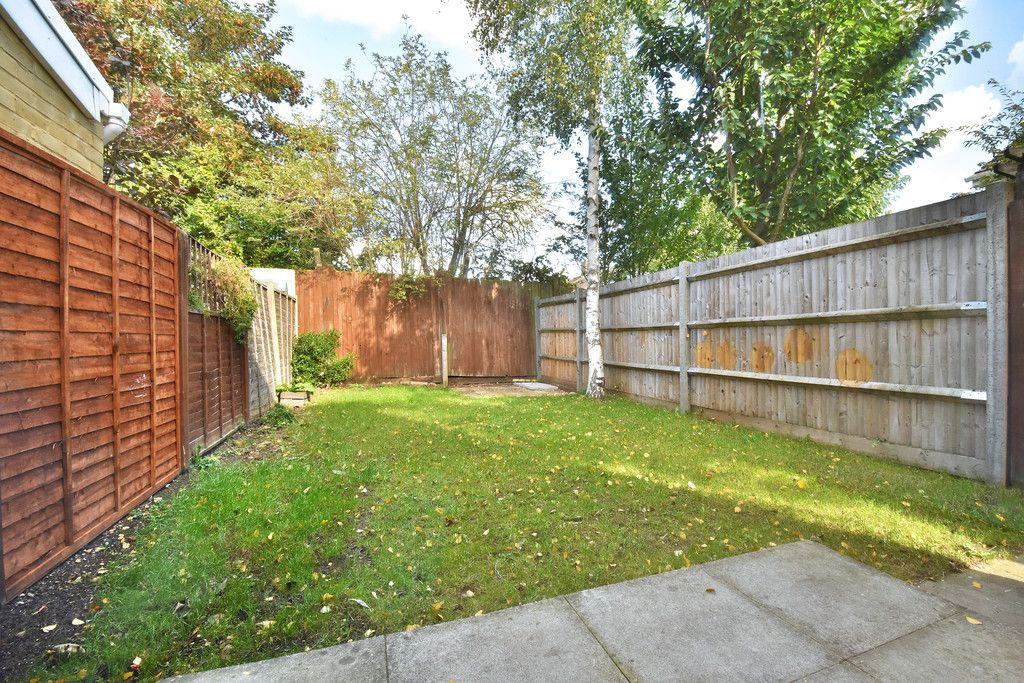 2 bed house to rent in Woldham Place, Bromley 6