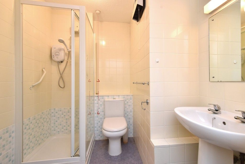 1 bed flat for sale in Deer Park Way, West Wickham 5