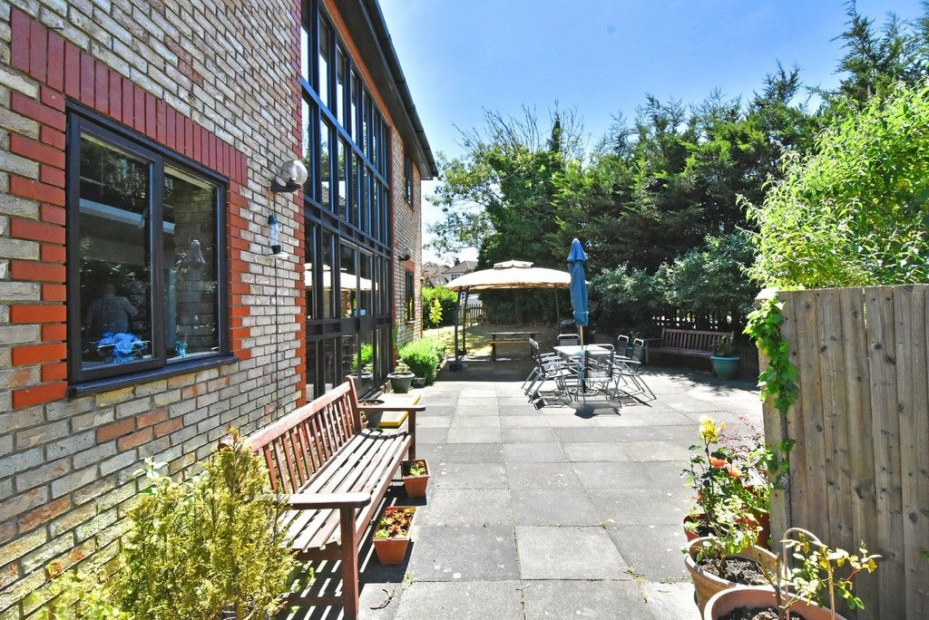 1 bed flat for sale in Deer Park Way, West Wickham  - Property Image 10