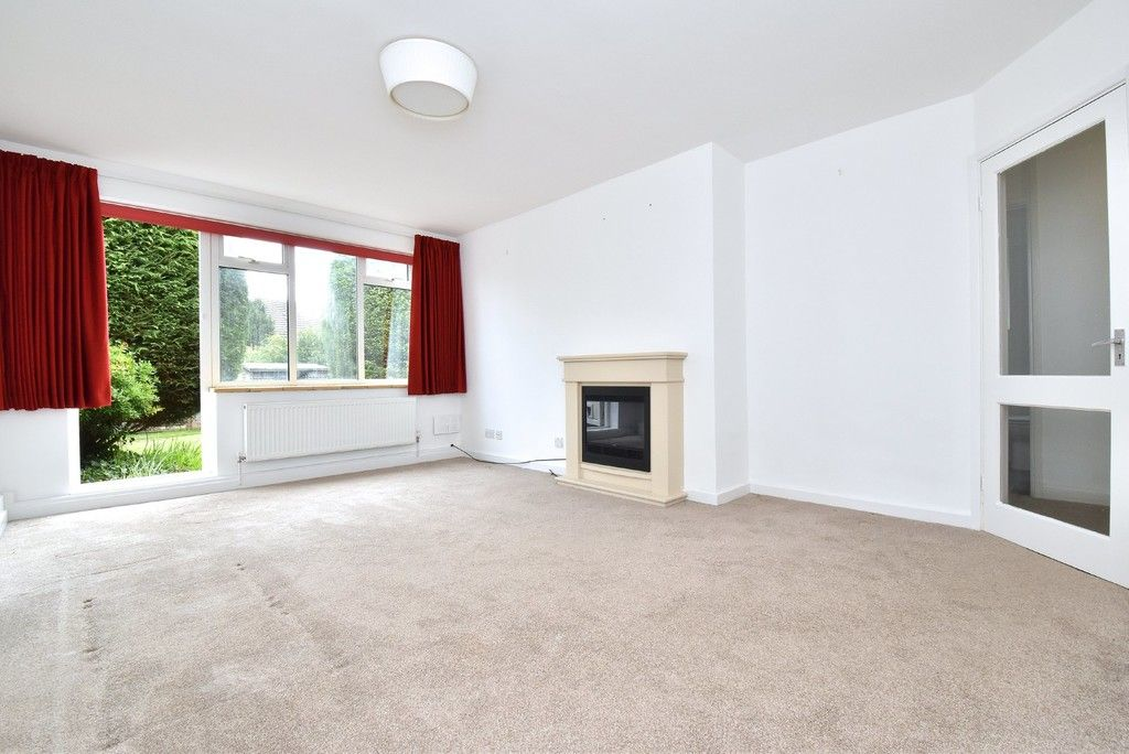 2 bed flat for sale in Farnborough Common, Locksbottom 7