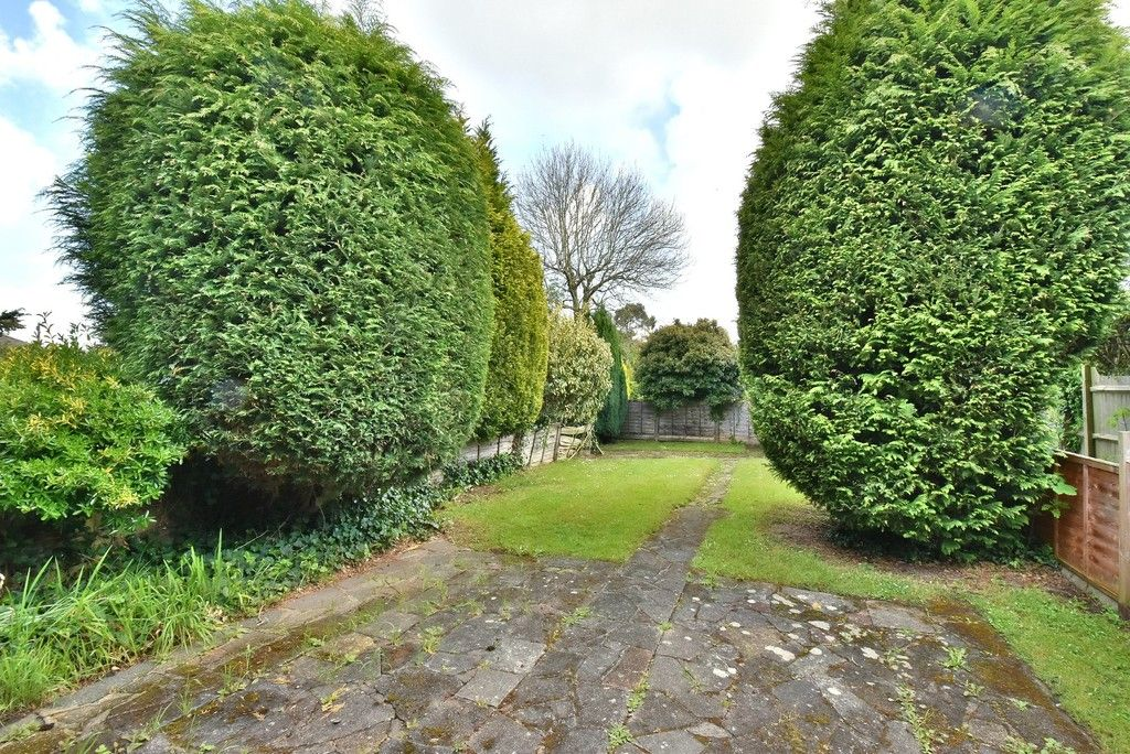 2 bed flat for sale in Farnborough Common, Locksbottom  - Property Image 10