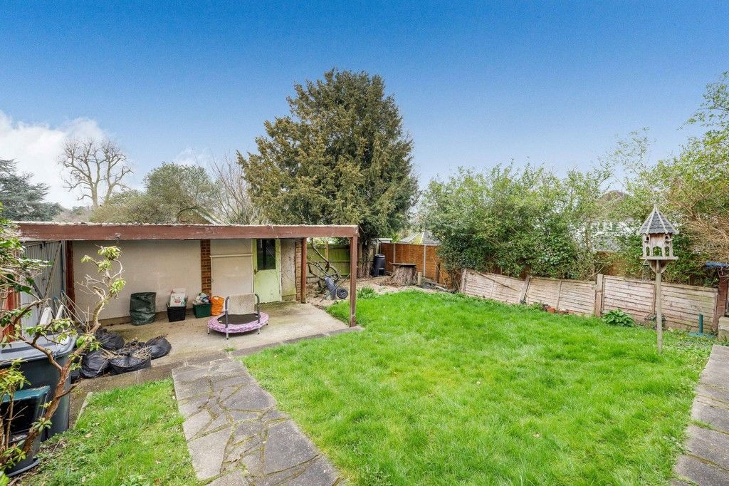 4 bed house for sale in Green Close  - Property Image 19