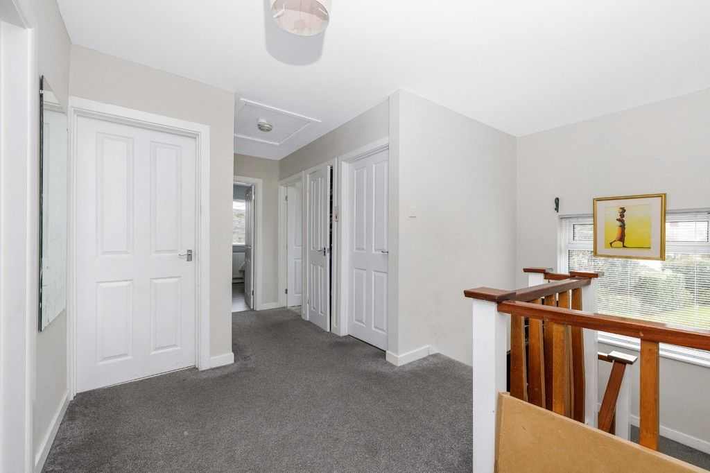 4 bed house for sale in Green Close  - Property Image 10