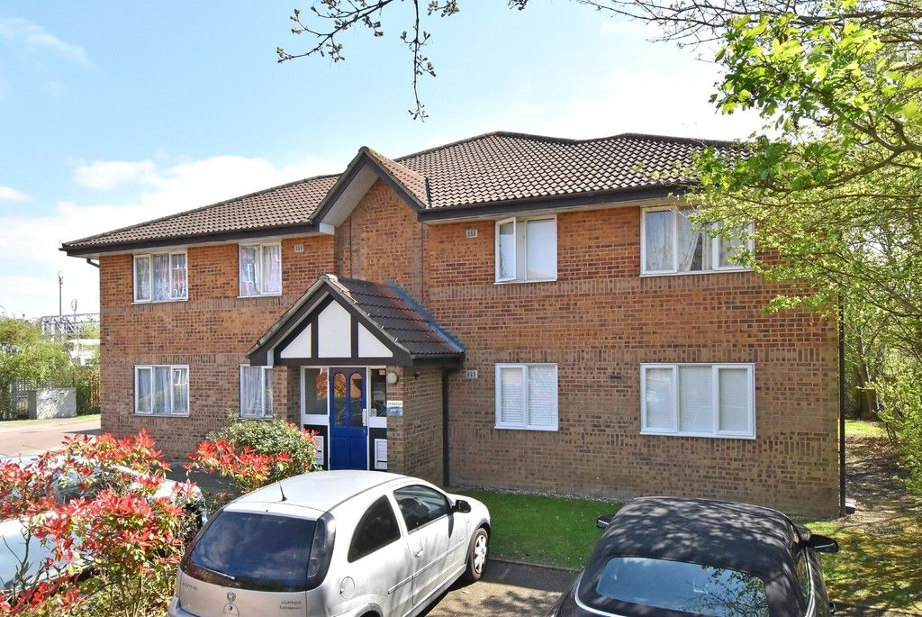 1 bed flat for sale in Cumberland Place, SE6