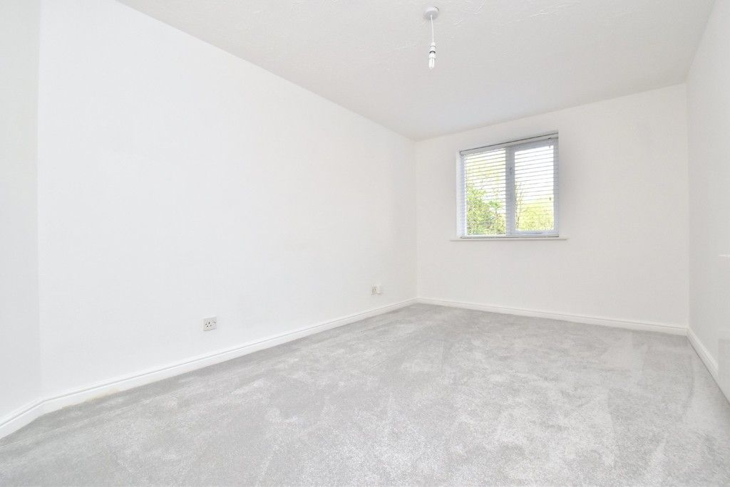 1 bed flat for sale in Cumberland Place 2