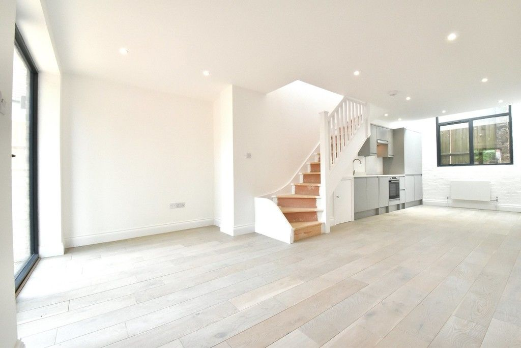 1 bed flat for sale in Page Heath Villas  - Property Image 13