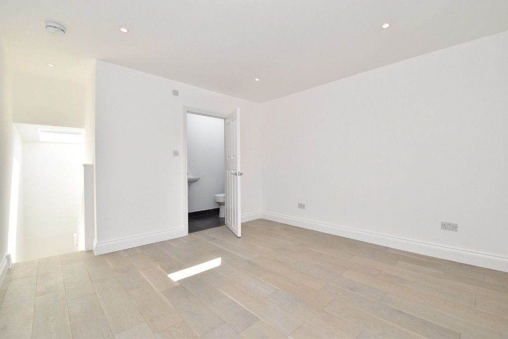 1 bed flat for sale in Page Heath Villas 7