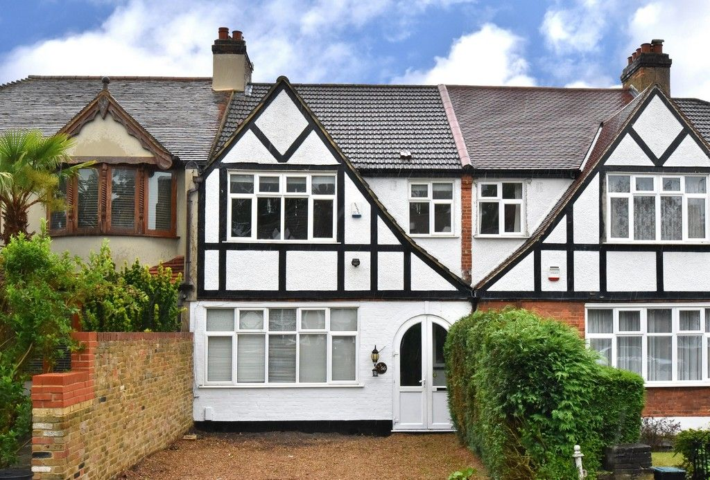 3 bed house for sale in Bishops Avenue, Bromley 1