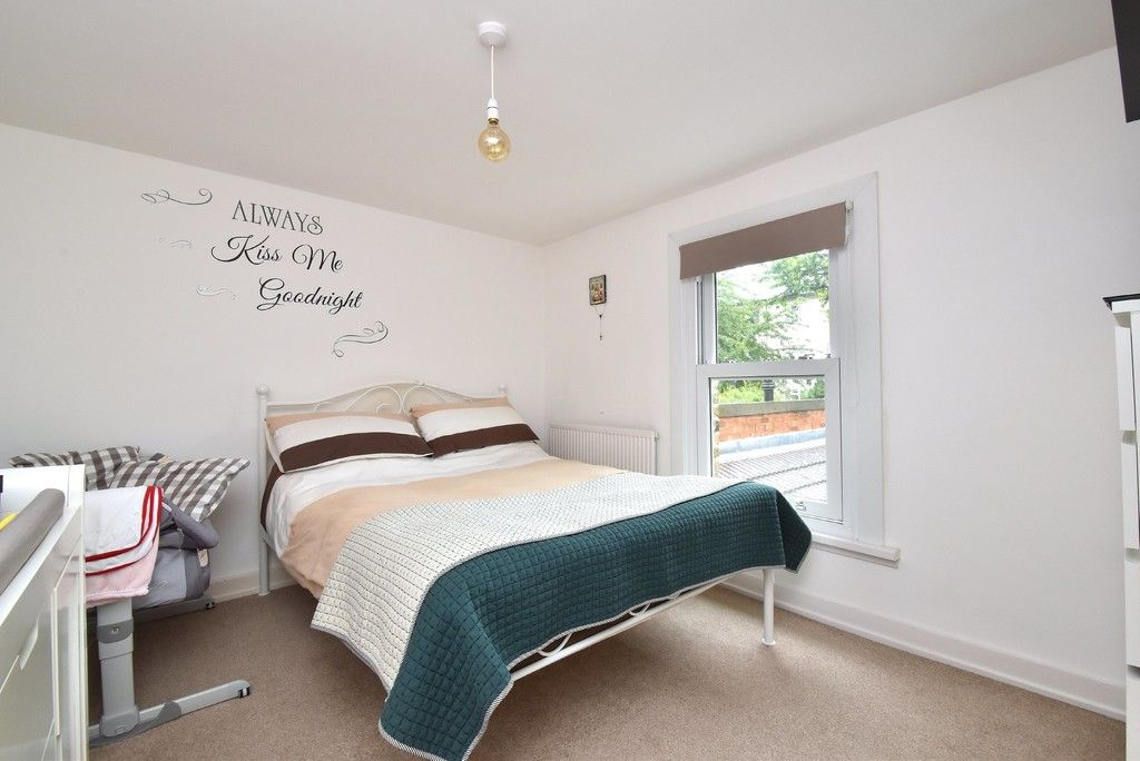 2 bed house for sale in Mooreland Road, Bromley 4