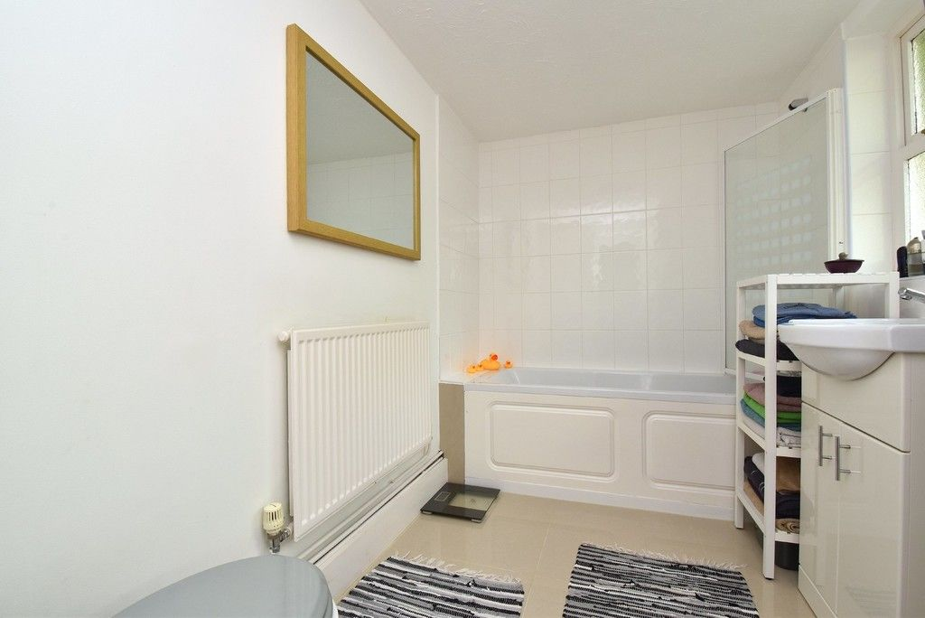 2 bed house for sale in Mooreland Road, Bromley  - Property Image 5