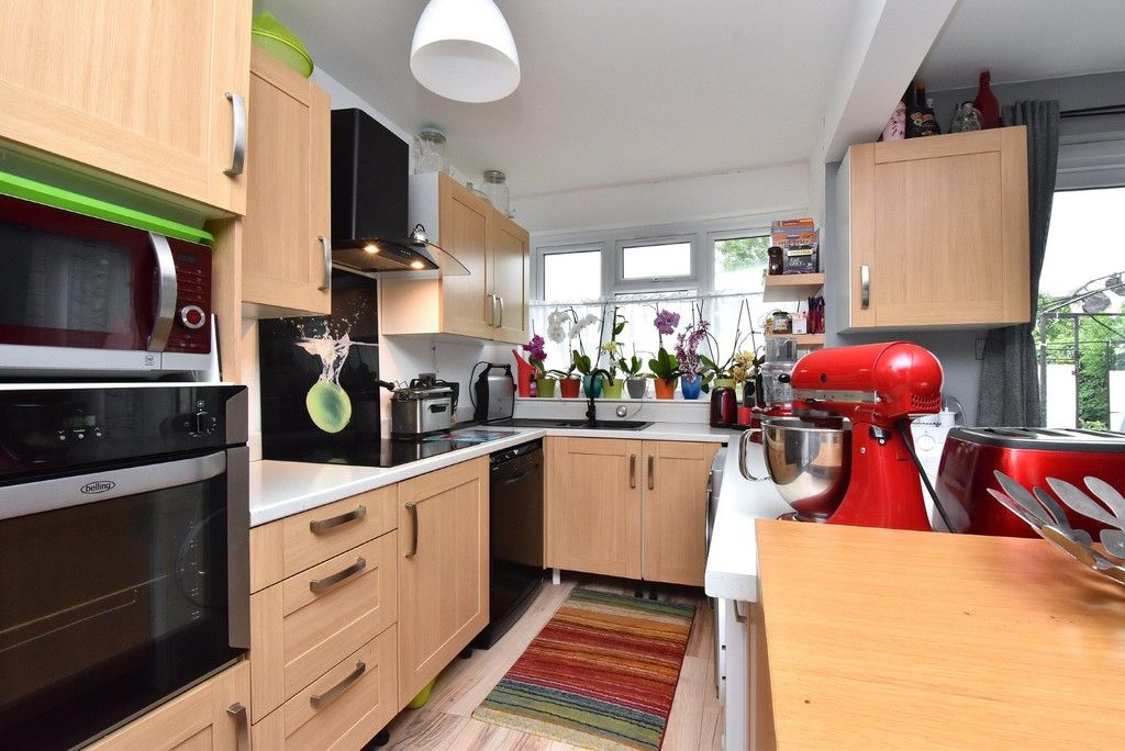 3 bed house for sale in Ruskin Walk, Bromley  - Property Image 4