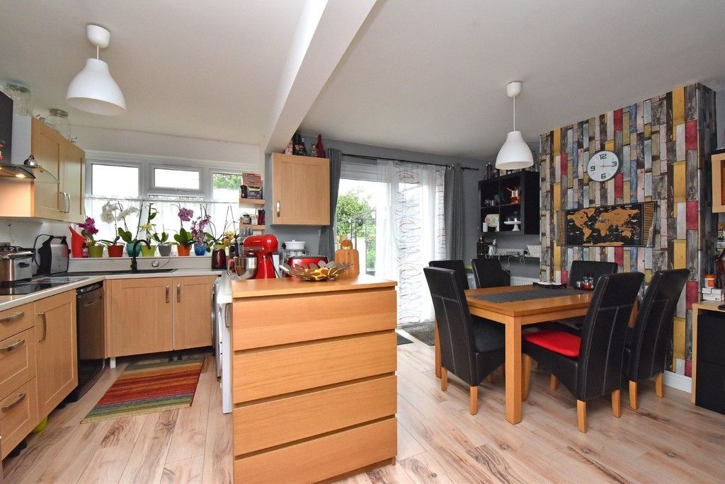 3 bed house for sale in Ruskin Walk, Bromley 5