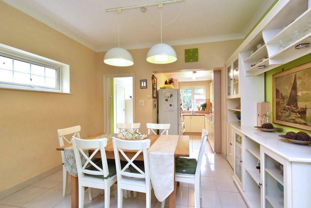 3 bed house for sale in Beckenham Lane, Bromley  - Property Image 2
