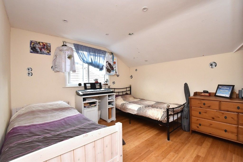 3 bed house for sale in Beckenham Lane, Bromley 12