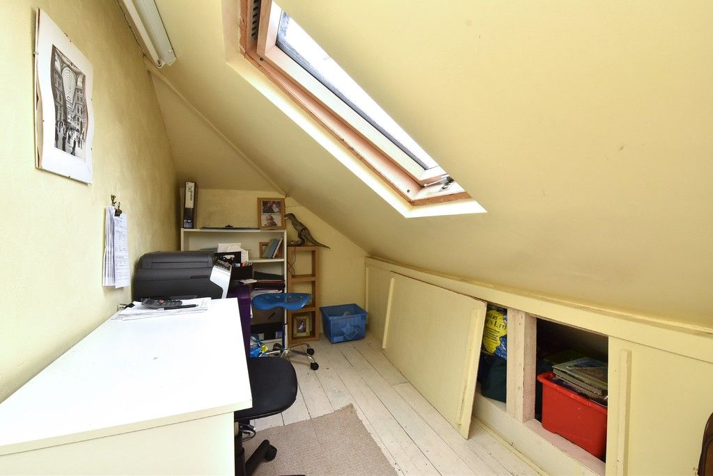 3 bed house for sale in Beckenham Lane, Bromley 13