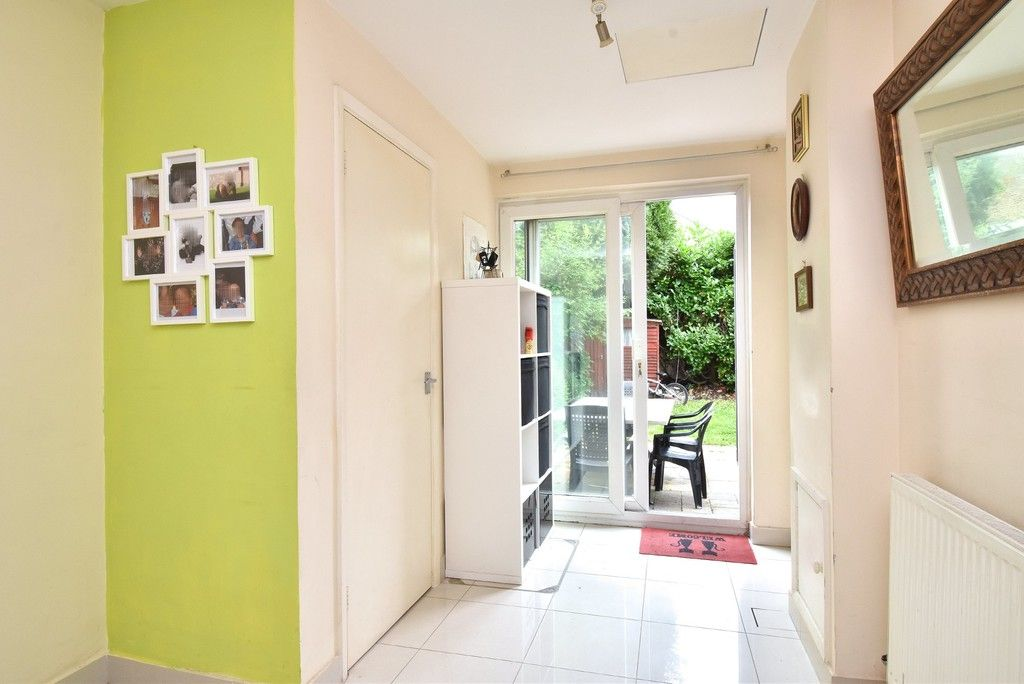 3 bed house for sale in Beckenham Lane, Bromley  - Property Image 3