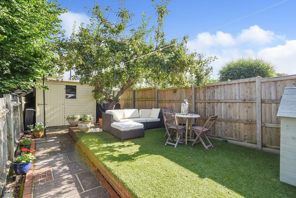 2 bed house for sale in Liddon Road, Bromley 2