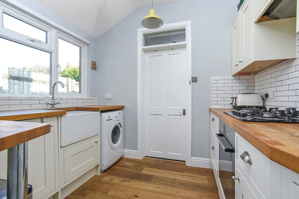 2 bed house for sale in Liddon Road, Bromley 7