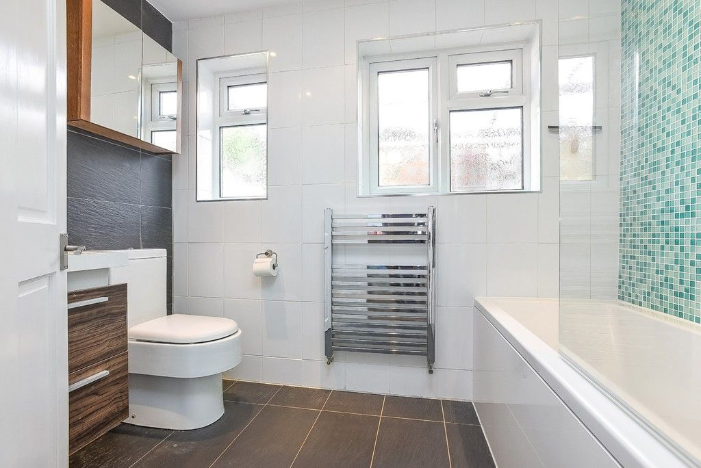2 bed house for sale in Liddon Road, Bromley 8