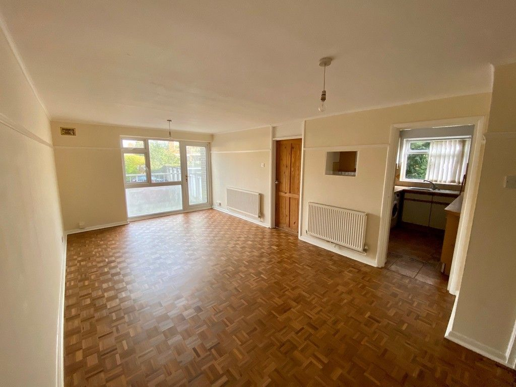 1 bed flat for sale in Beckenham Grove, Bromley 2