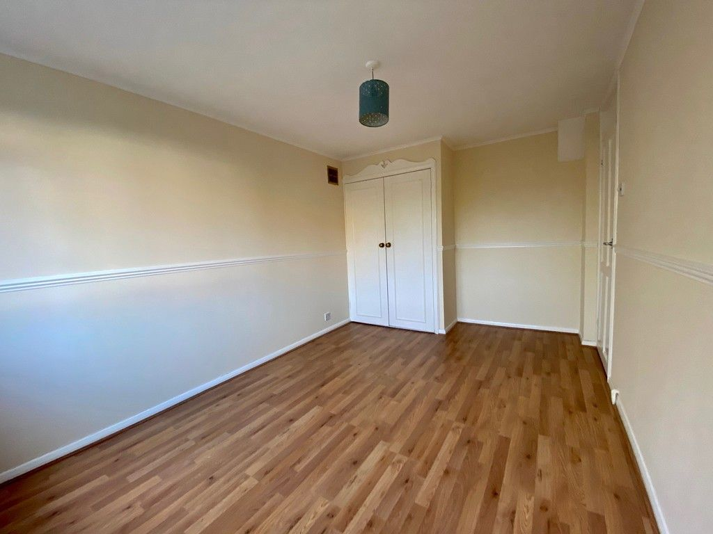1 bed flat for sale in Beckenham Grove, Bromley 4