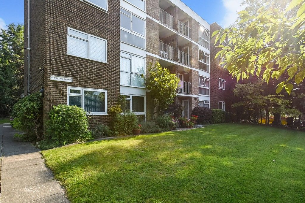 1 bed flat for sale in Beckenham Grove, Bromley 9