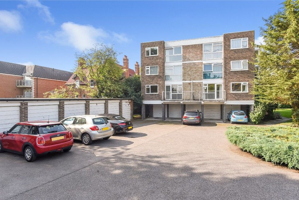 1 bed flat for sale in Beckenham Grove, Bromley 10