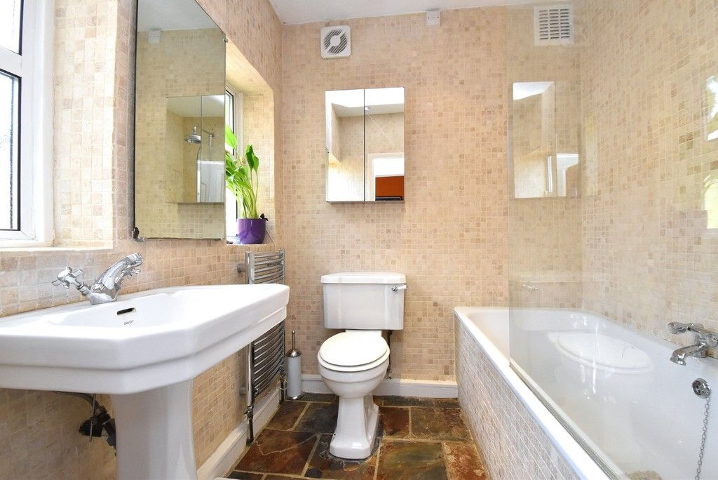 3 bed house for sale in Howard Road, Bromley  - Property Image 4
