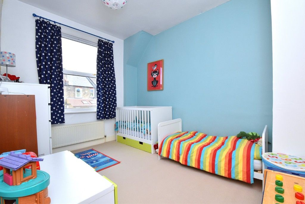 3 bed house for sale in Howard Road, Bromley 6