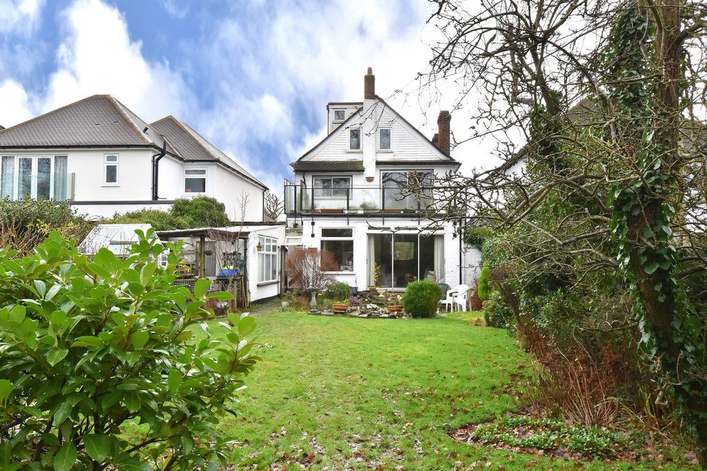 4 bed house for sale in Hayes Chase, West Wickham 9