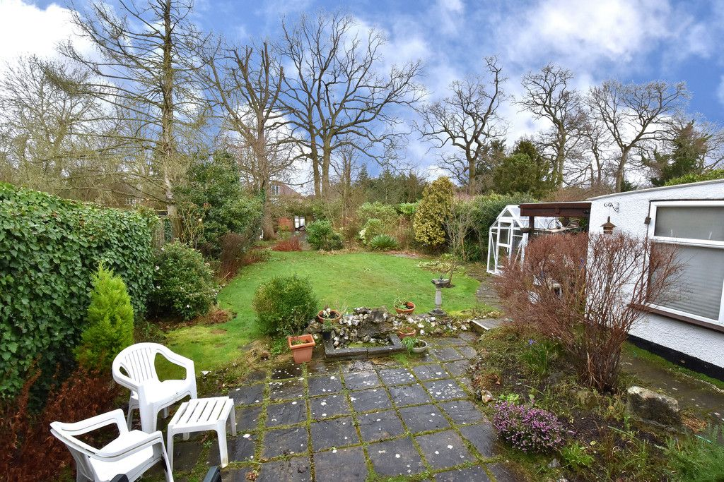 4 bed house for sale in Hayes Chase, West Wickham 10