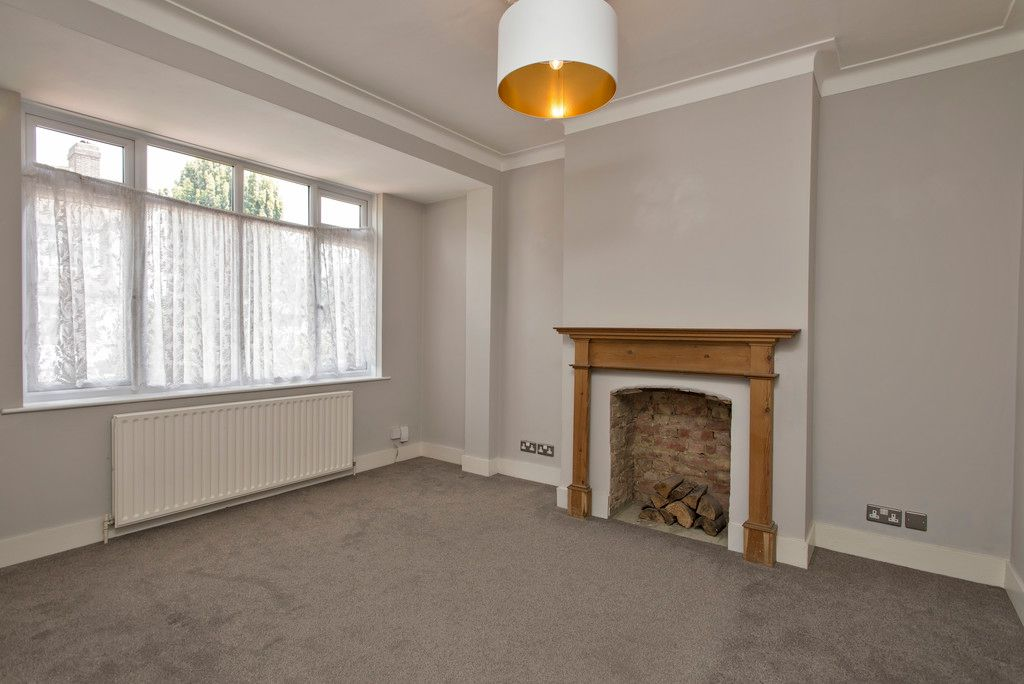 3 bed house for sale in Wimborne Way, Beckenham 2
