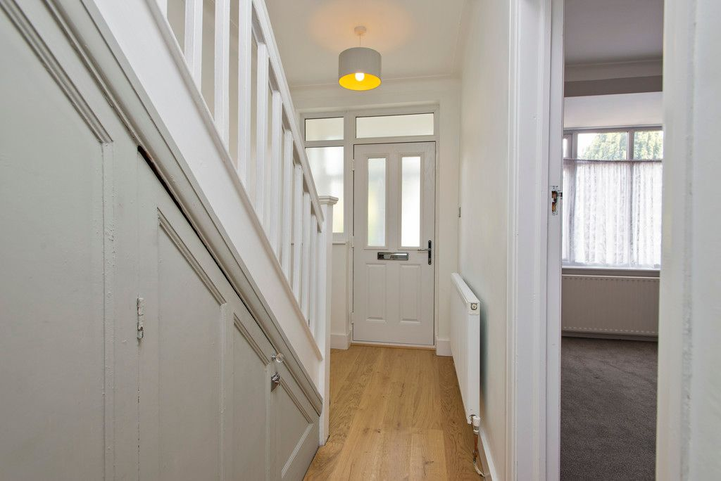 3 bed house for sale in Wimborne Way, Beckenham 3