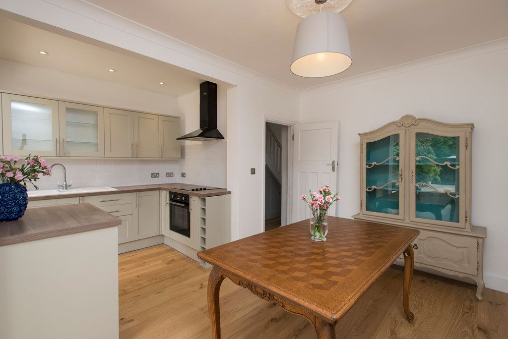 3 bed house for sale in Wimborne Way, Beckenham 4