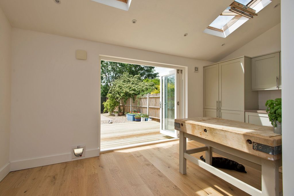 3 bed house for sale in Wimborne Way, Beckenham 6