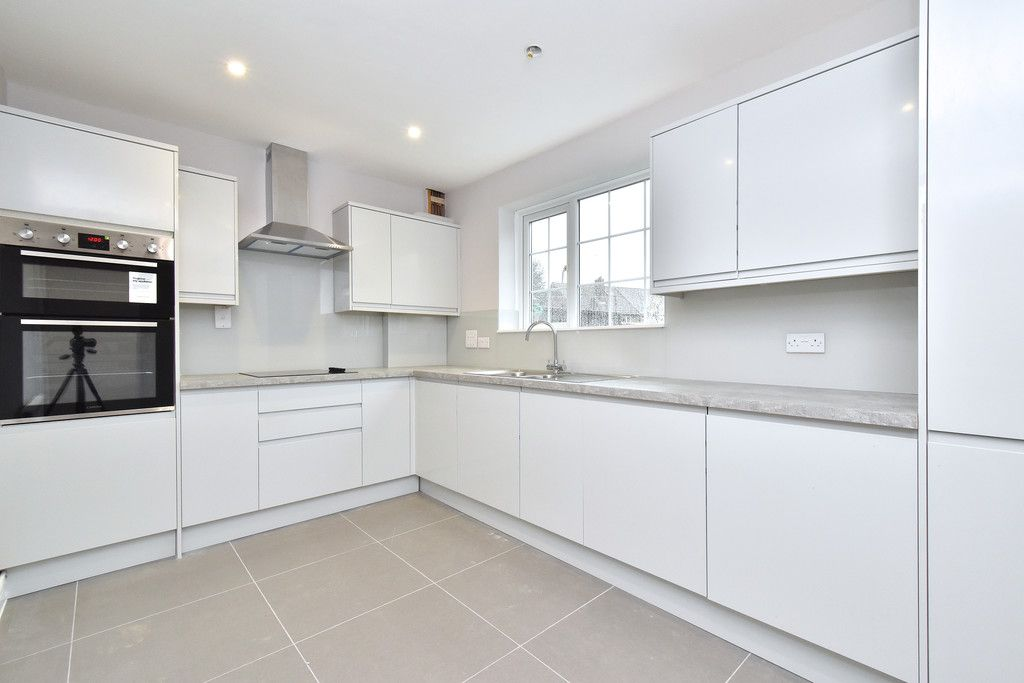 2 bed house for sale in Breakspears Drive, Orpington  - Property Image 2